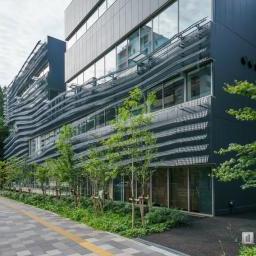 Exterior view of Ochanomizu University, Hisao & Hiroko Taki Plaza (お茶の水女子大学 国際交流留学生プラザ)