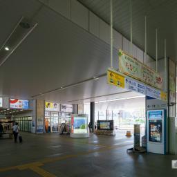Exterior view of Kochi Station (高知駅)