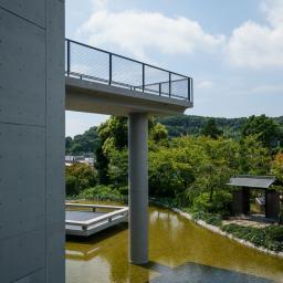 Exterior view of Himeji City Museum of Literature (姫路文学館)