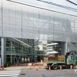 Exterior view of Yutoriya (すみだ生涯学習センター「ユートリヤ」)