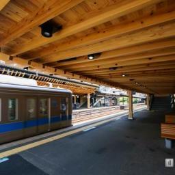 Platform of Odakyu Line, Sangubashi Station (小田急線 参宮橋駅)