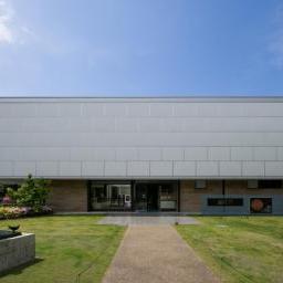 Exterior view of Tsurugaoka Museum, Kamakura (鎌倉文華館 鶴岡ミュージアム)