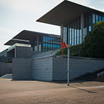 Exterior view of Hyogo Prefectural Museum of Art (兵庫県立美術館)