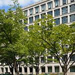 Exterior view of Osaka City Government Office (大阪市庁舎)