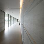 Indoor of Sagawa Art Museum (佐川美術館)