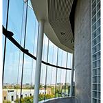 Inside of Kanda University of International Studies, building 7 (神田外語大学 7号館)