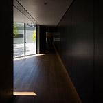 Main passage in his gallery of D.T.Suzuki Museum (鈴木大拙館)