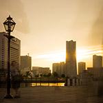 Sunset and Yokohama Landmark Tower (横浜ランドマークタワー)
