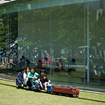 Tiny train in front of 21st Century Museum (金沢21世紀美術館)